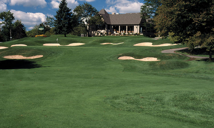 Embassy Suites by Hilton Niagara Falls Fallsview - Whirlpool Golf Package